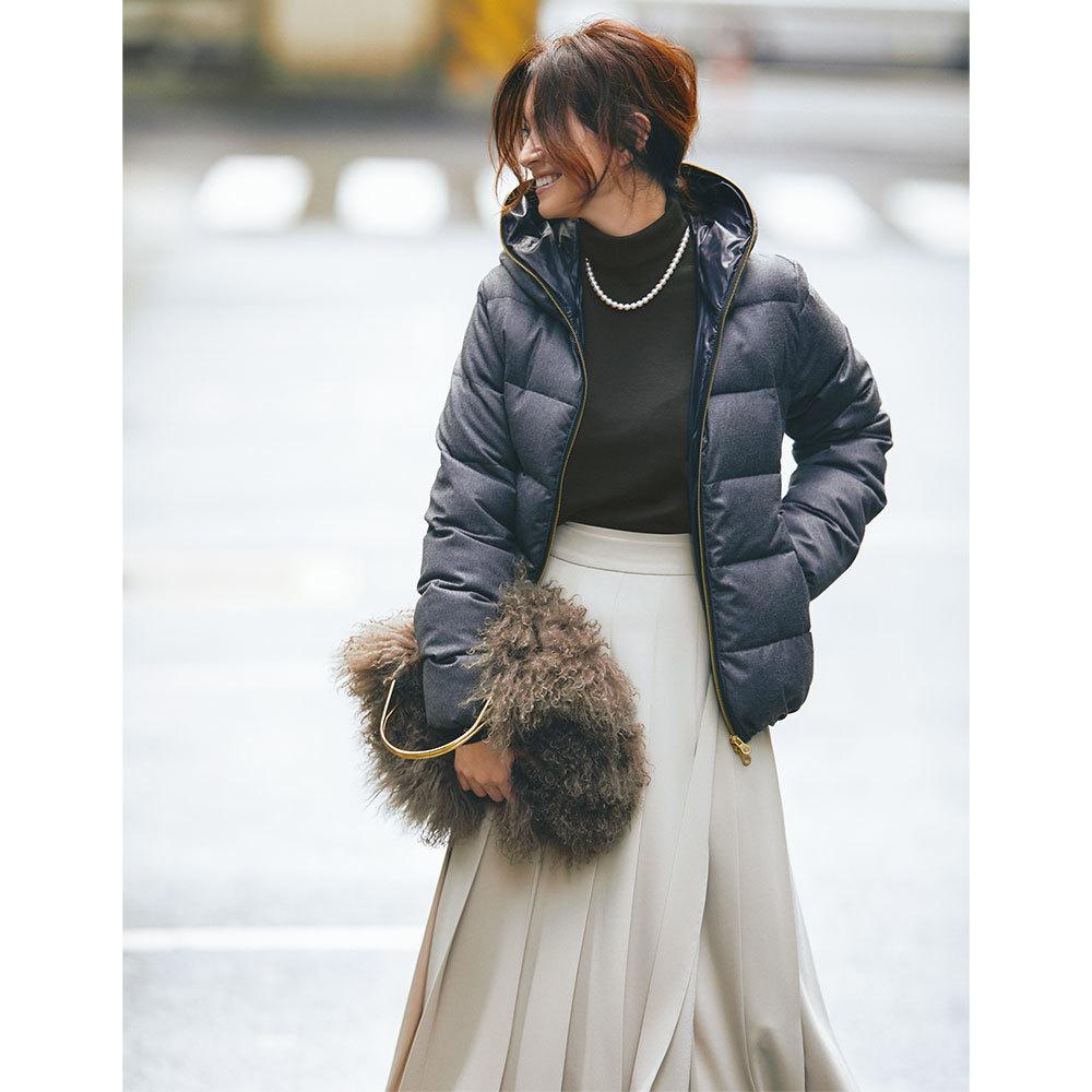ファッション ダウンジャケット×スカートコーデ