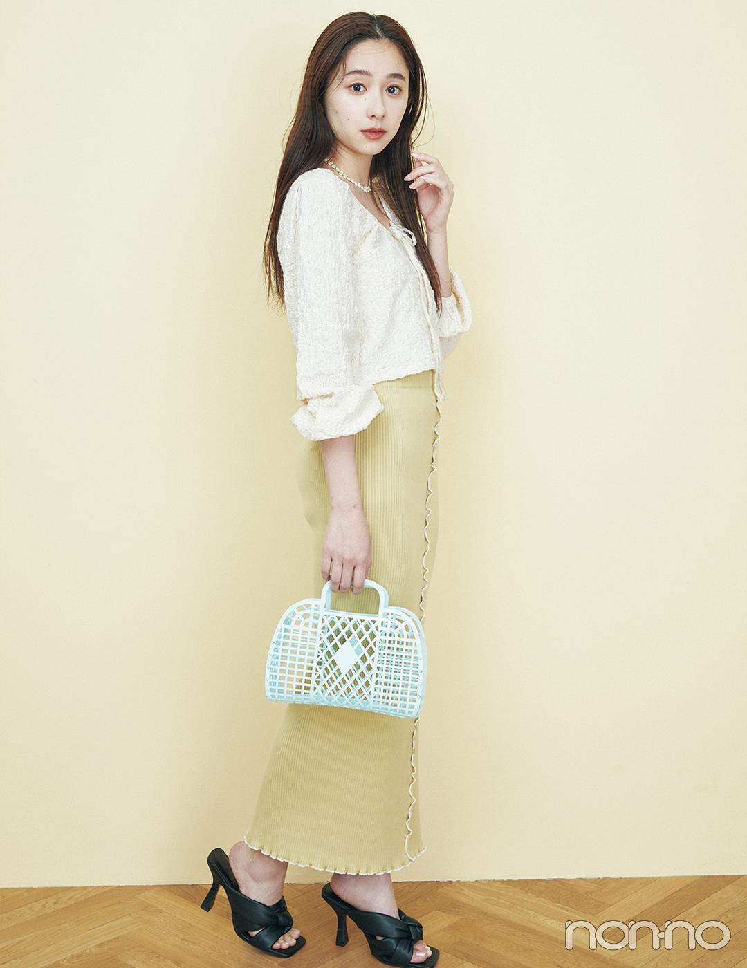 韓国ドラマの女の子みたいにクリーミーなワントーンコーデ【大学生の毎日コーデ】
