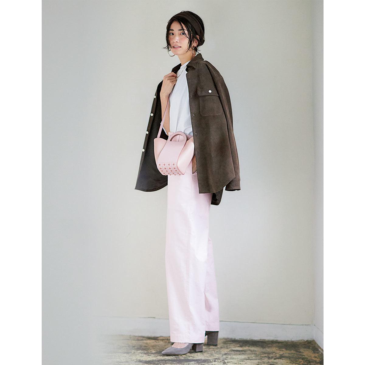 40代が素敵に見える!淡いピンクコーデの着こなしまとめ【2021年春夏トレンド】_1_2