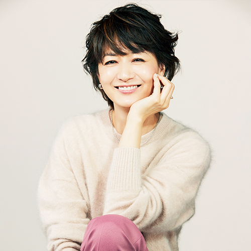 富岡佳子さんの、揺るぎない美のポリシー。大人肌を輝かせるには