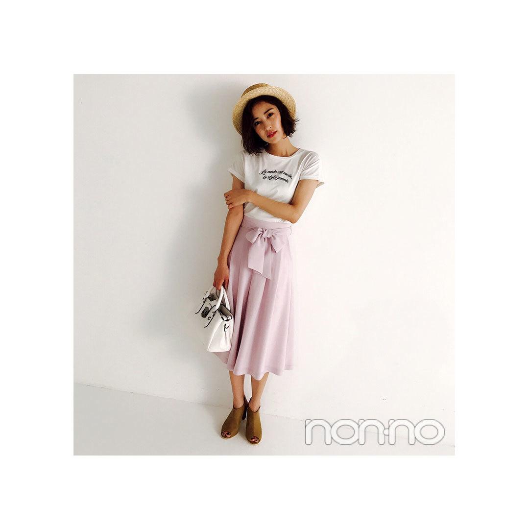 岡本あずさは大人気の白×ピンクを大人フェミニンに着る!【毎日コーデ】_1_1