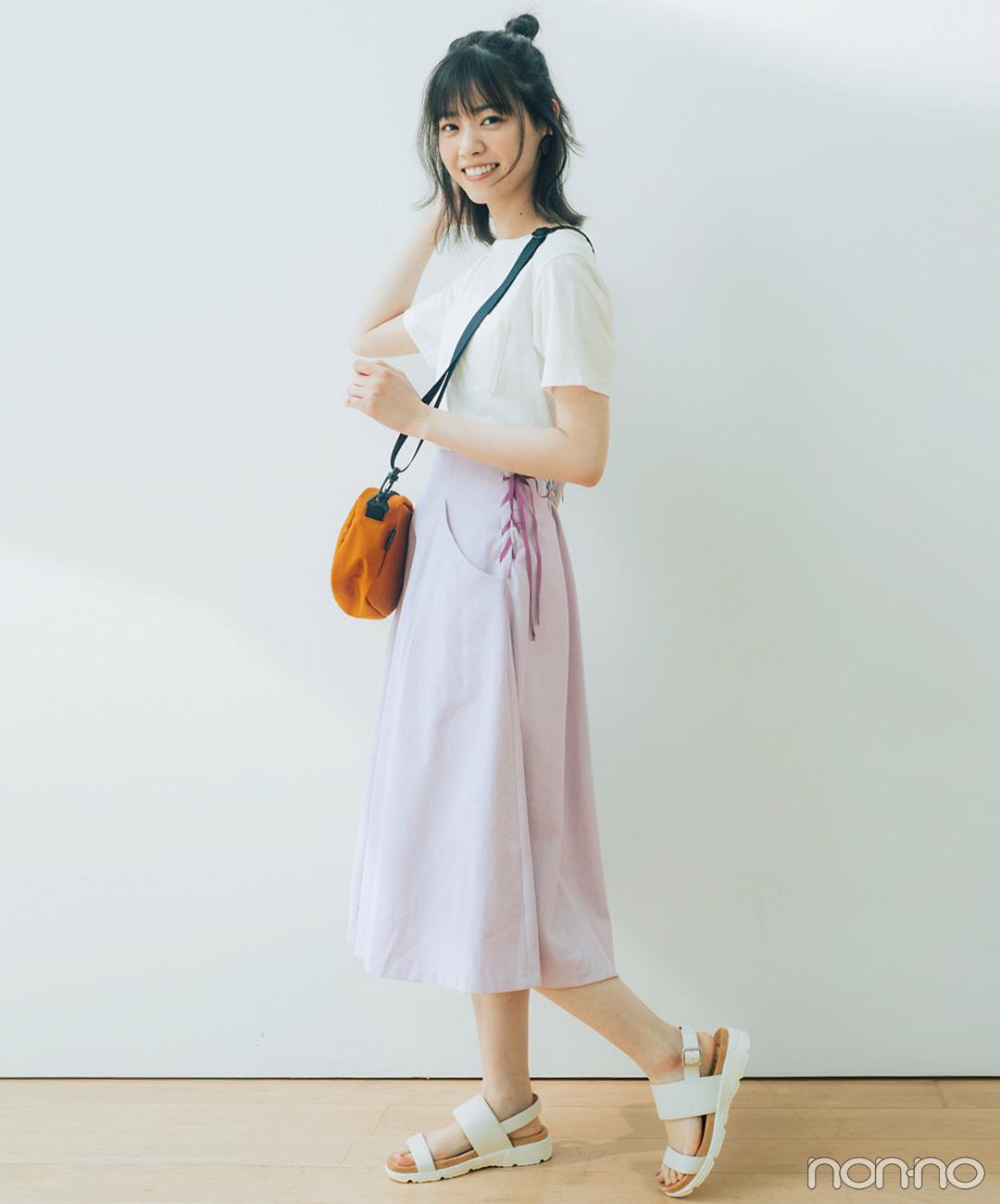西野七瀬は白Tシャツ&白サンダルでスポミックスコーデ【毎日コーデ】