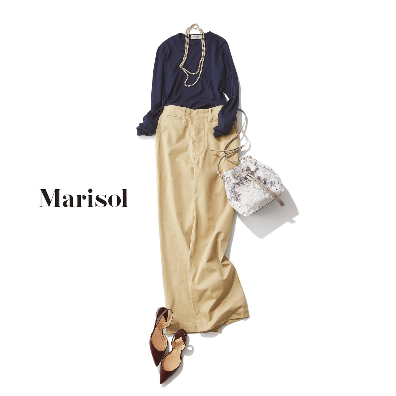 40代ファッション ネイビートップス×チノワイドパンツコーデ