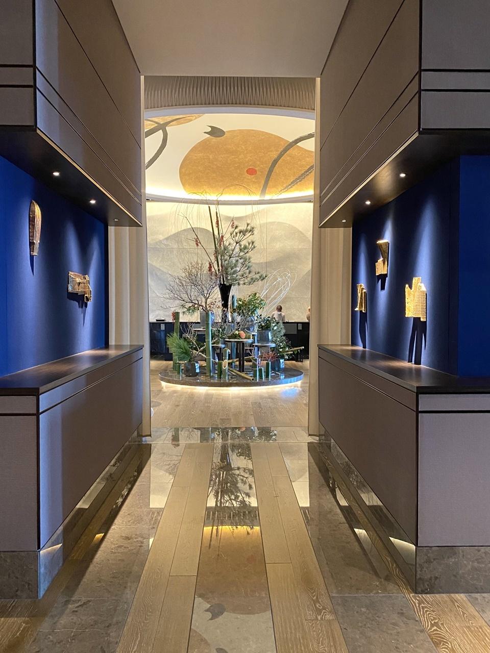 フォーシーズンズホテル大手町39階「THE LOUNGE」エントランス