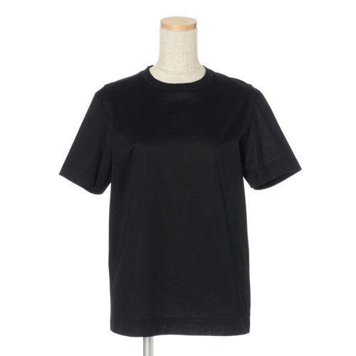 50代の今買いアイテムはコレ!体型をきれいに見せる「最旬Tシャツ」_1_8