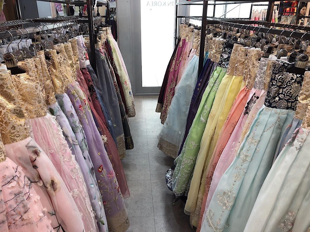 【韓国旅行】種類が豊富なチマチョゴリレンタル店!☆_1_2-2