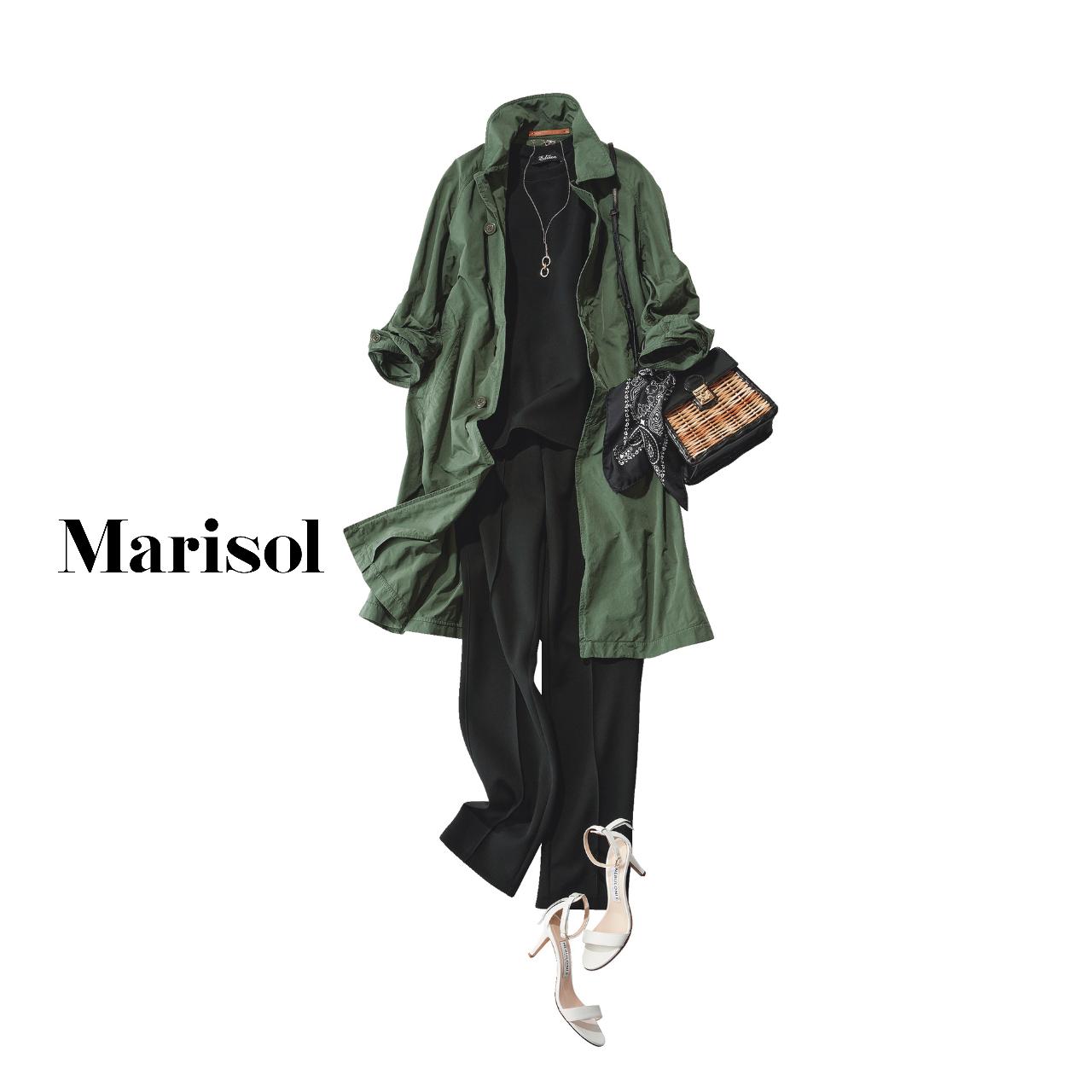40代ファッション コート×黒カットソー×黒パンツコーデ