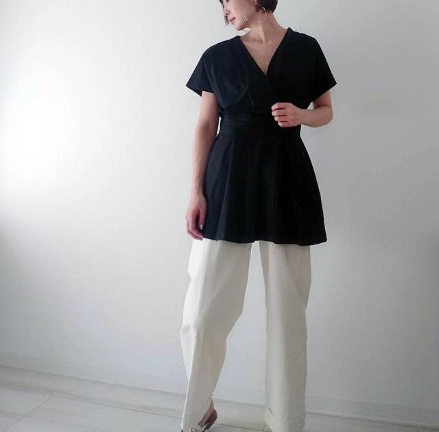 【ZARA】ブラックシャツで魅せる40代夏のモノトーンコーデ_1_2