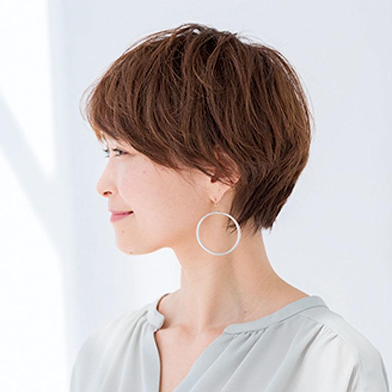 40代に似合う髪型 若見えショートヘアスタイルの横