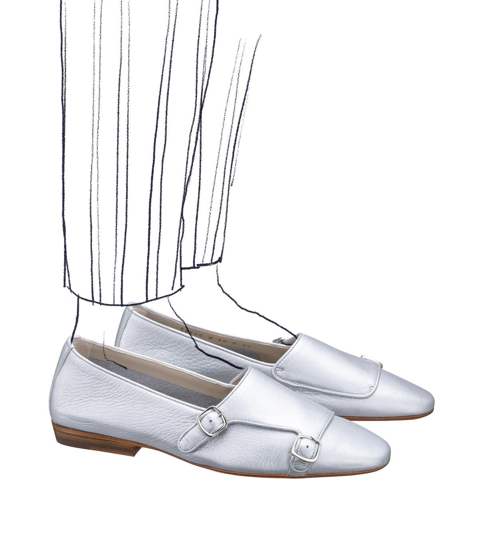 ファッション サントーニのフラットシューズ