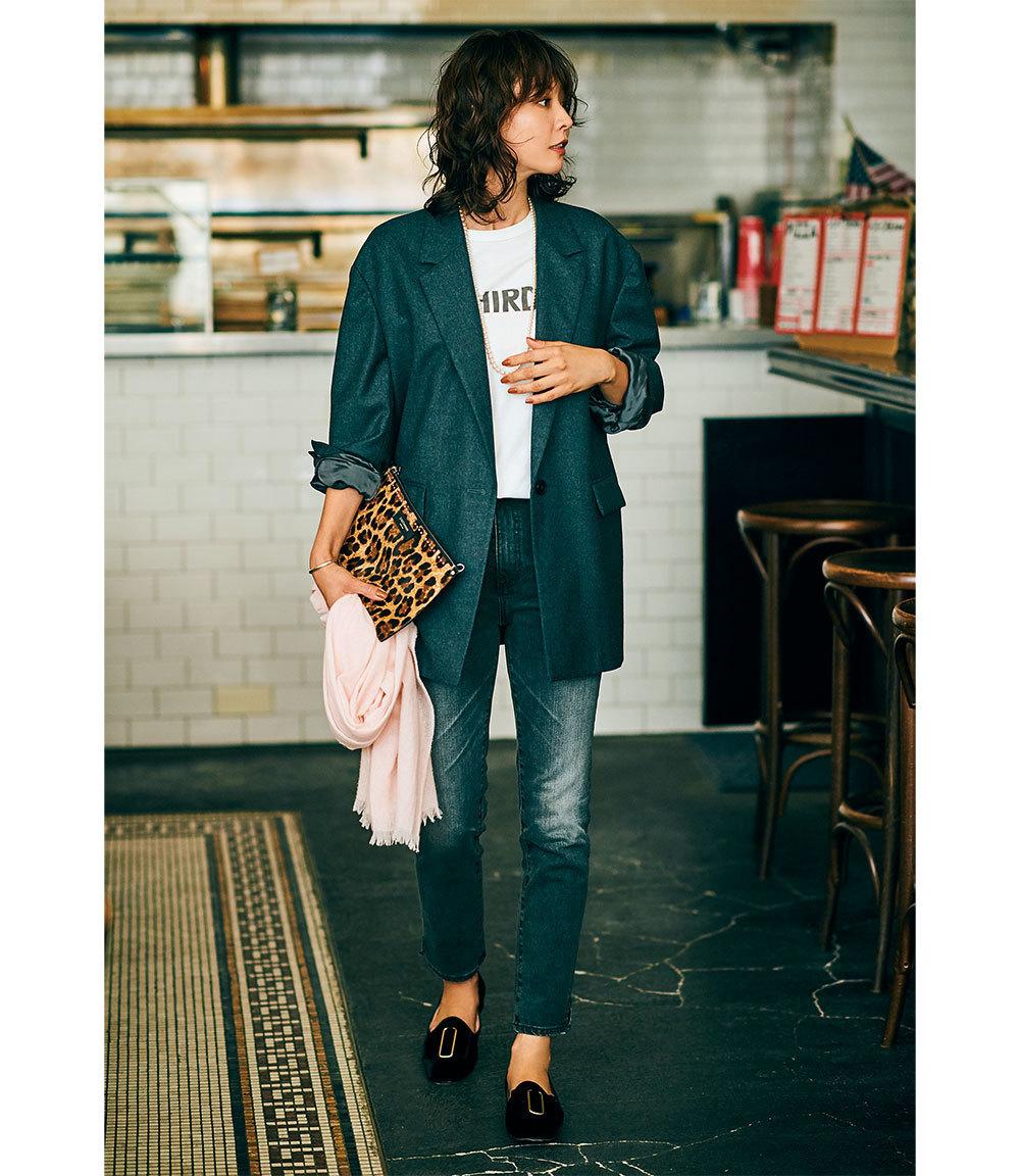 ダブルジャケット×ブラックデニムのファッションコーデ