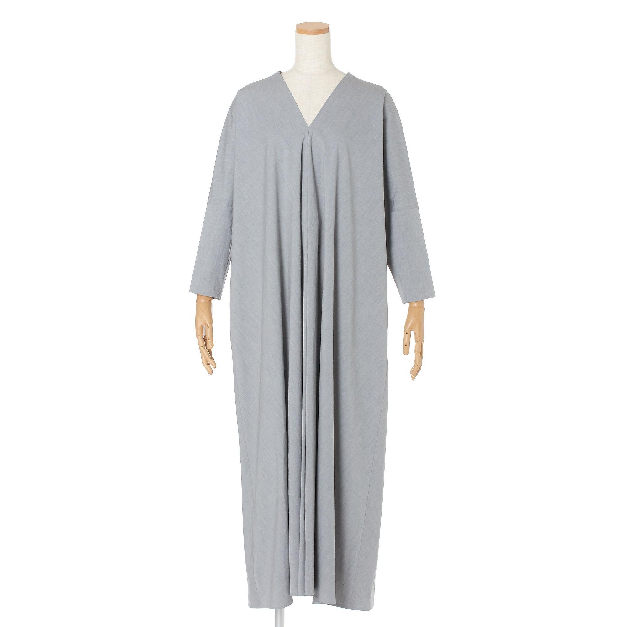 ATON ドレープドレス ¥75,900(税込)