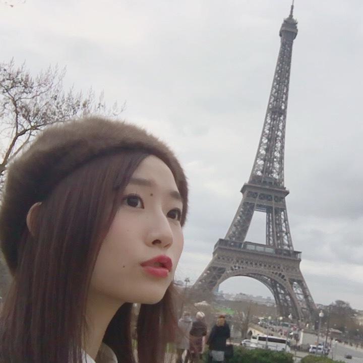 4月から社会人!美容と美女がだいすき♡✴︎宝来果南です(^^)_1_1