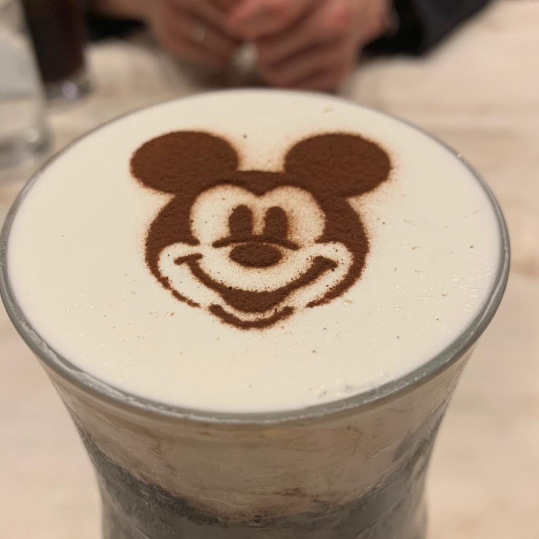 【ディズニー】イラスト付きアイスモカ、飲んできました!_1_1