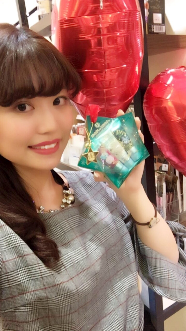 クリスマスにオススメ♡PLAZAの今年一押しお菓子&コスメ☆。+_1_3