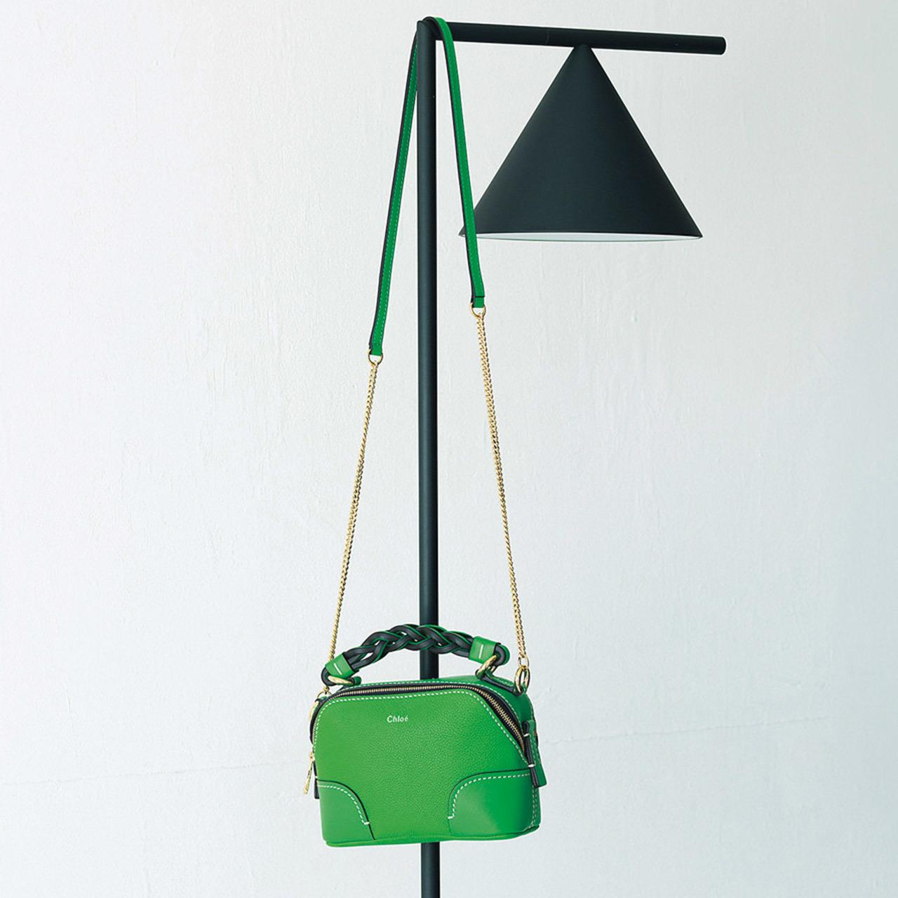 クロエのミニチェーンバッグ