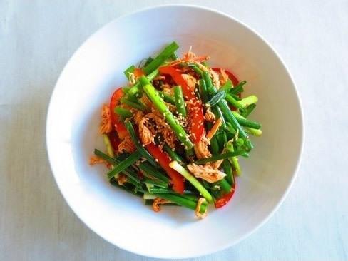 もちもち美肌も夢じゃない!ネギと鶏肉の韓国風サラダレシピ_1_1