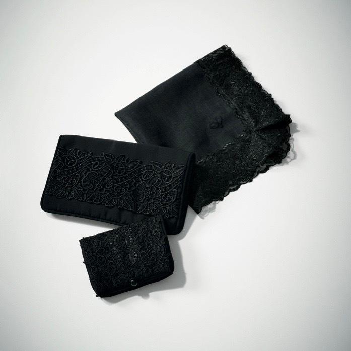 「哀しみの日」の黒小物 photo gallery_1_1-4