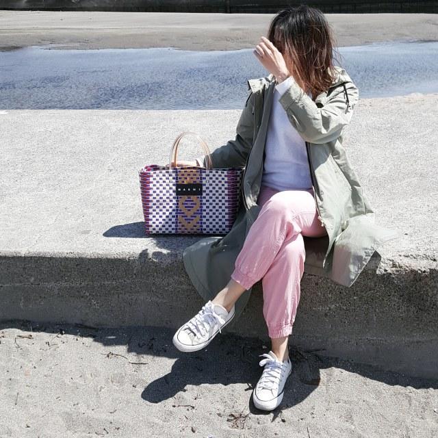 日差し映えなピクニックバッグでプチプラコーデをアップデート_1_3