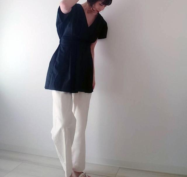 【ZARA】ブラックシャツで魅せる40代夏のモノトーンコーデ_1_4