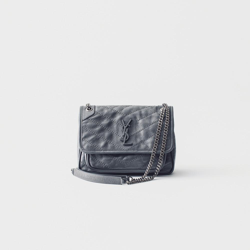 ファッション イヴ・サンローランのバッグ