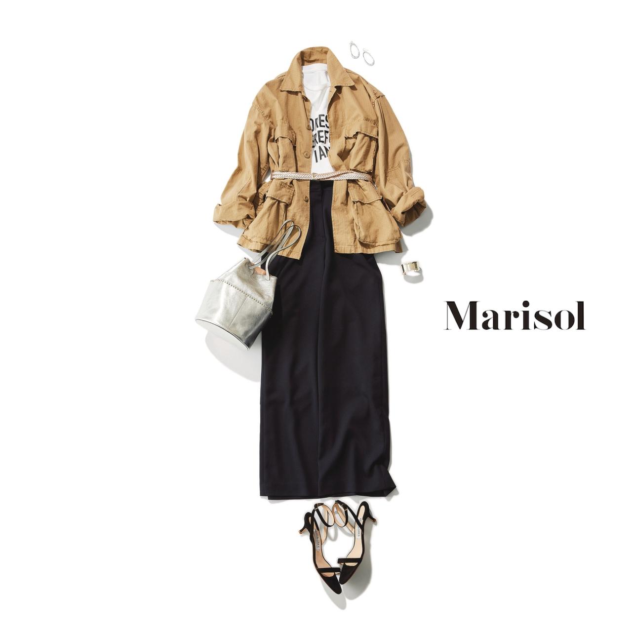 40代ファッション ベージュブルゾン×マリンパンツコーデ