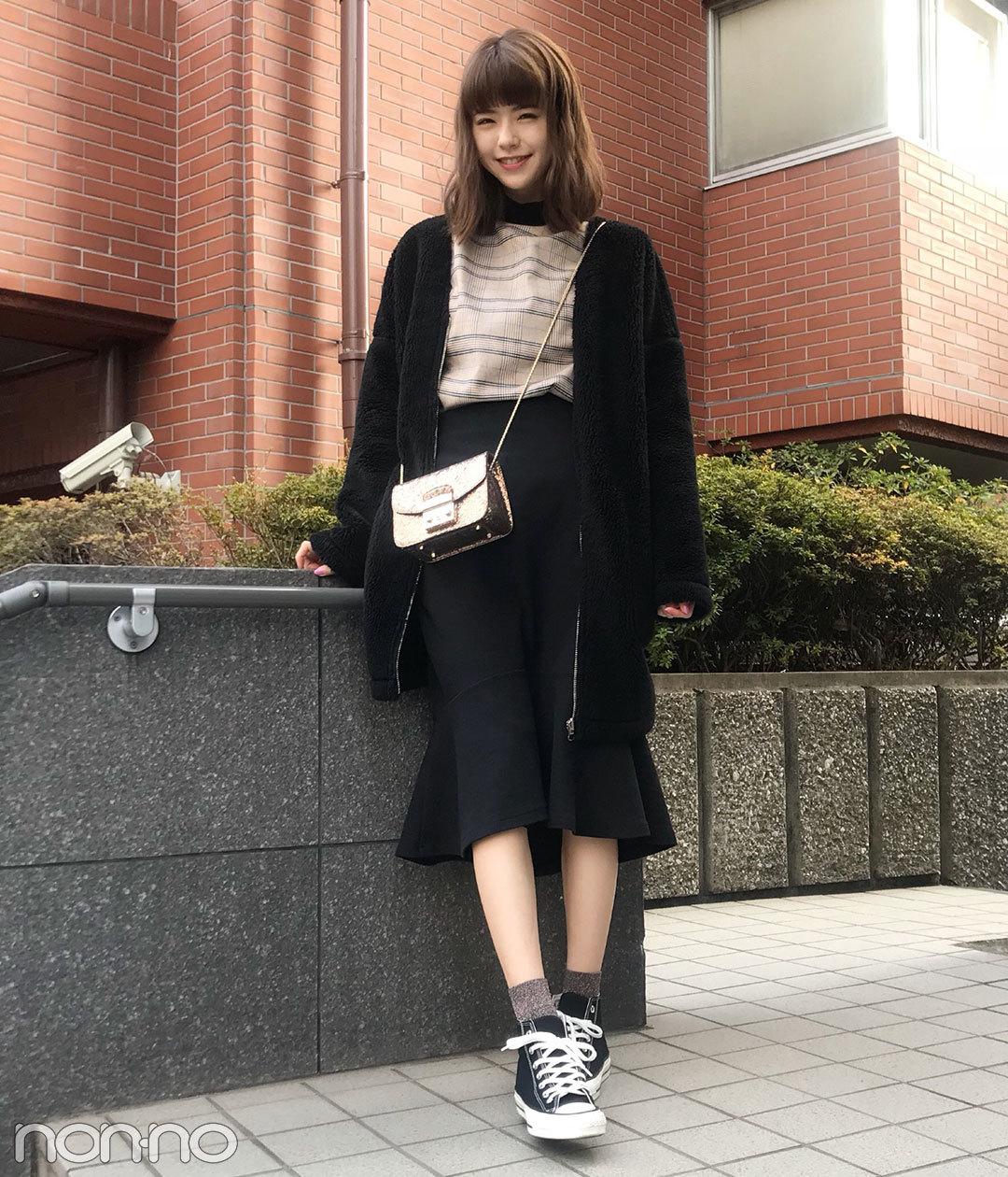 鈴木優華はユニクロのマーメイドスカートにフルラのバッグをオン!【モデルの私服スナップ】_1_1