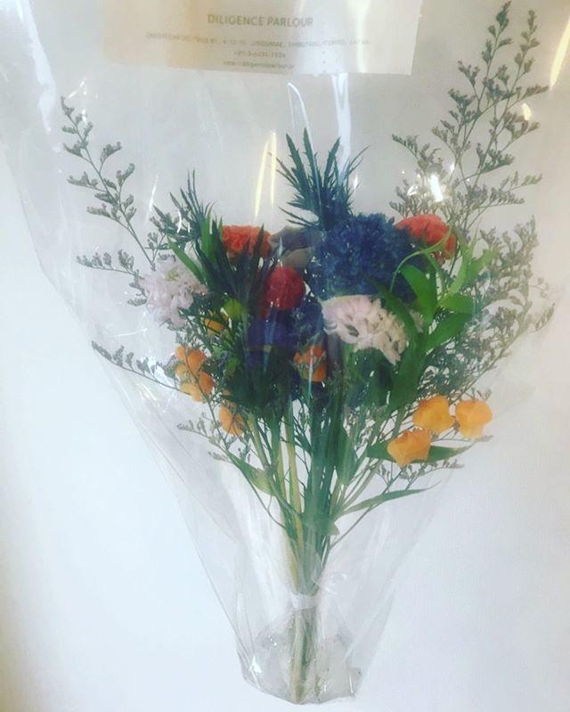 『ディリジェンスパーラー』の素敵な花束をいただきました!_1_1