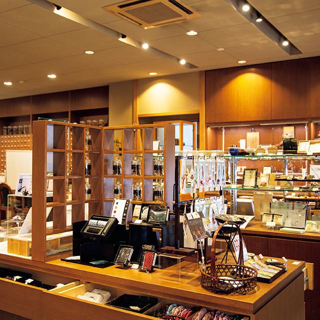 山田松香木店