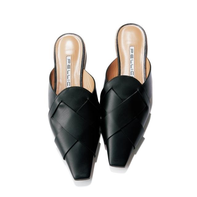 靴(H1)¥57,200/アマン(ペリーコ)