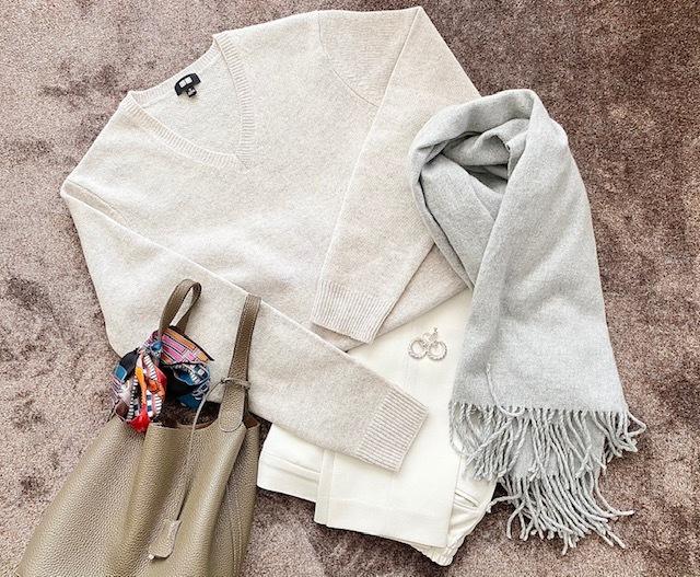 【 UNIQLO 】オートミールカラーのmen'sセーター_1_5