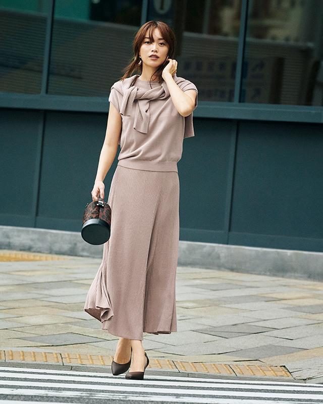 ちょっぴり大人に進化したジャスグリッティーなら見つかる 「スカート上手」になれる、秋の5着_1_1