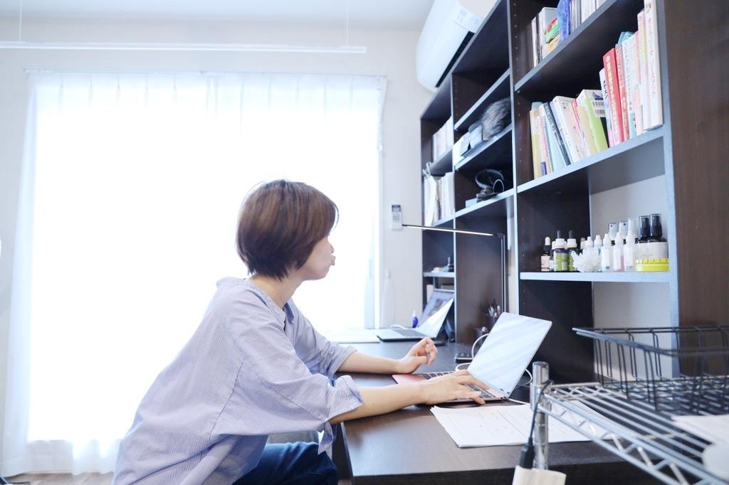 おうちでパソコン仕事をしながら体幹も鍛えられるとっておきのツール♪_1_5