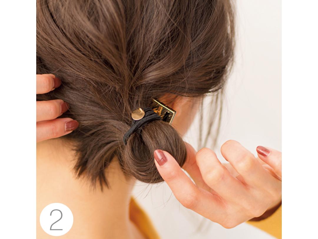 ミディアムさんの鍋パヘアアレンジ、束感のある後れ毛がポイント★_1_2-3