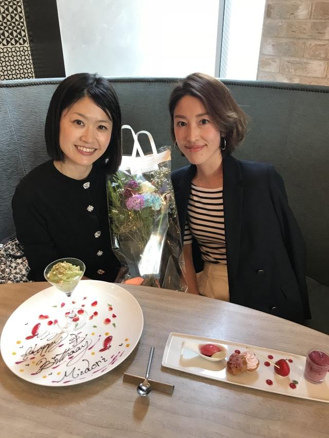 素敵なデザートプレートと共に記念写真♡お誕生日おめでとう!!