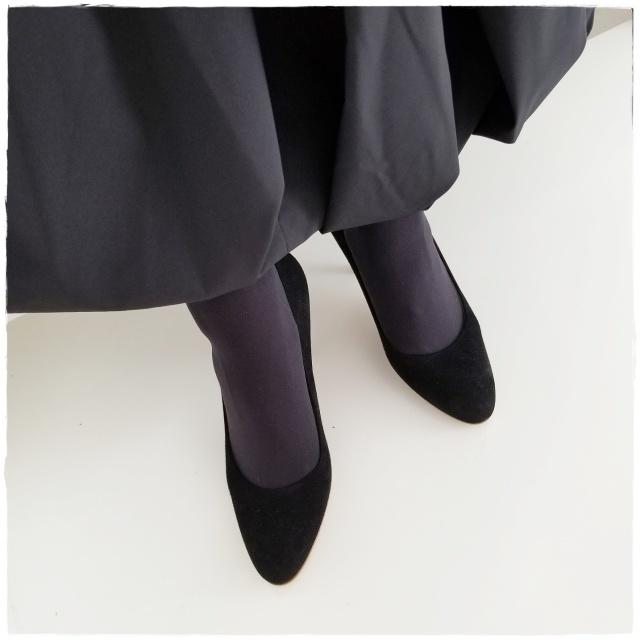 11月号付録「ニュアンスブラック美脚タイツ」コーデ実例!美女組の着こなしまとめ_1_20