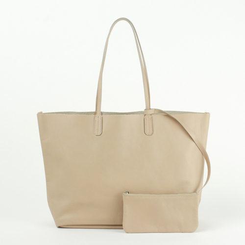 a-jolie×eclat 薄軽レザートートバッグ ¥19,800+税