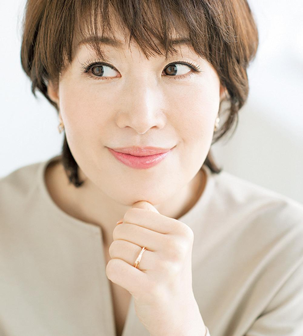 美容家・小林ひろ美流「オフィスでできる簡単シワケア」生活習慣でシワ改善_1_4-3