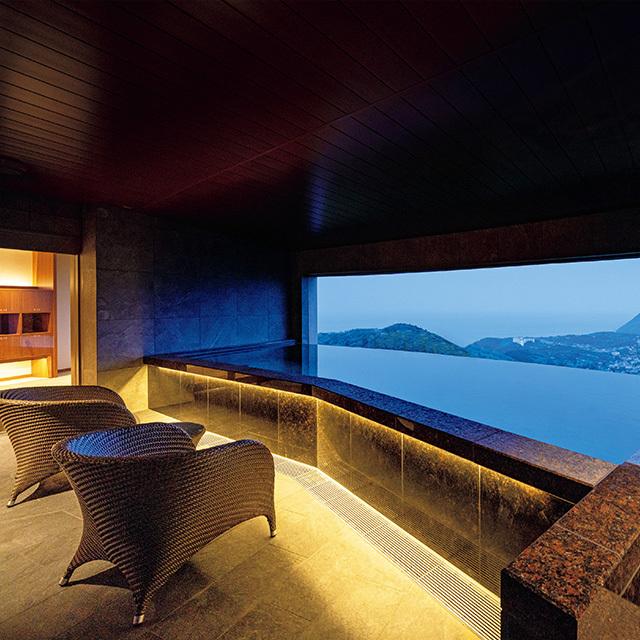温泉大浴場「ONSEN 深湯露天」の女性浴室