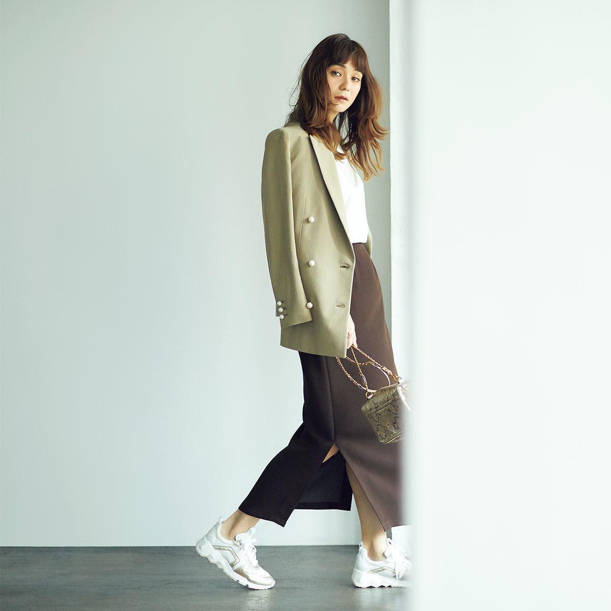 ■ジャケット×T白×ロングスカートコーデのはおりコーデ