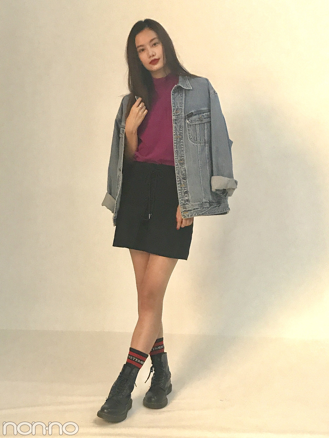 泉はるの最新コーデは秋色トップス+SLYの黒ミニ♡【モデルの私服】_1_1