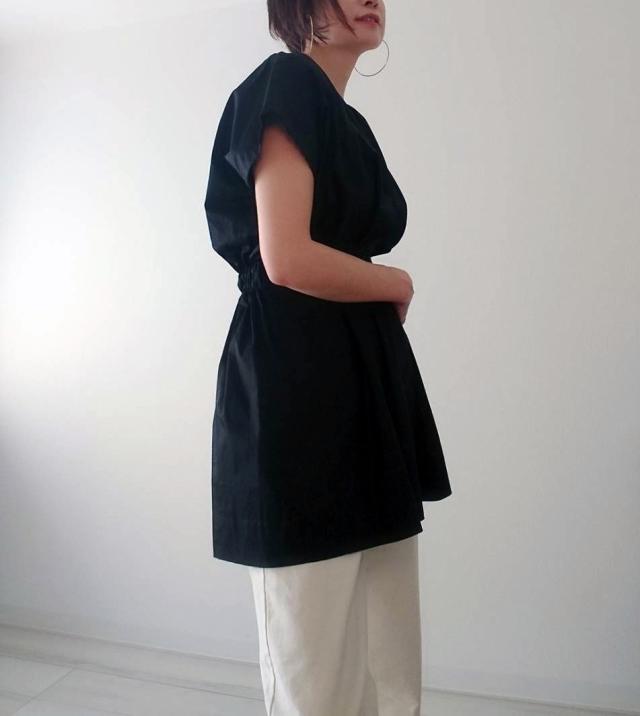 【ZARA】ブラックシャツで魅せる40代夏のモノトーンコーデ_1_6