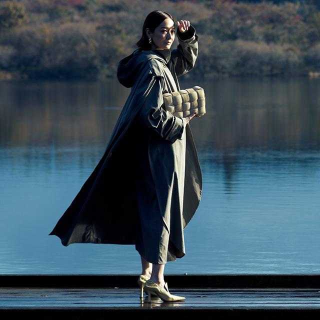 ボッテガ・ヴェネタのバッグスタイルの富岡佳子