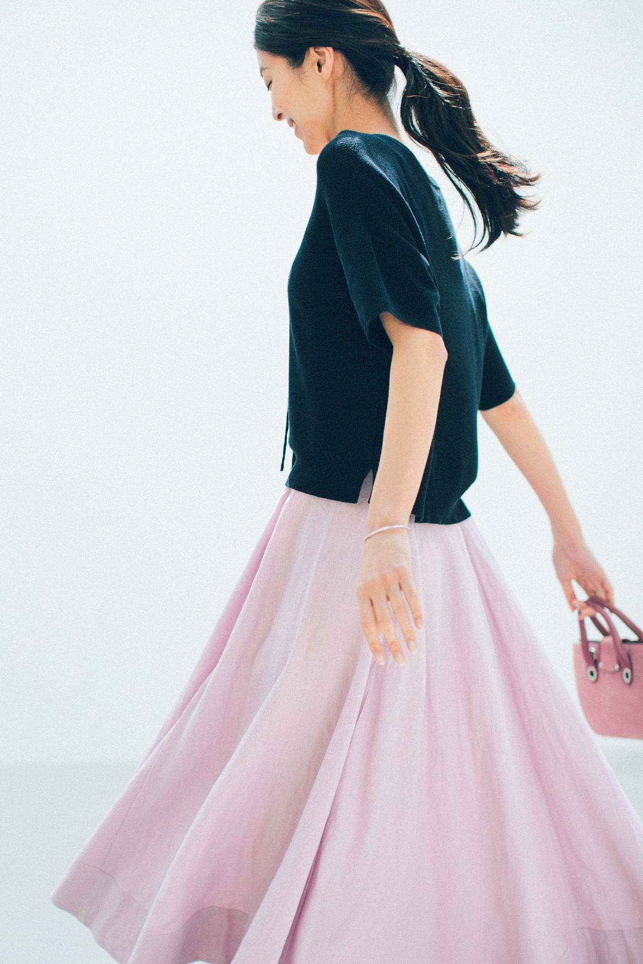 ピンクのスカートで、大人のかわいげを発揮! 五選_1_1