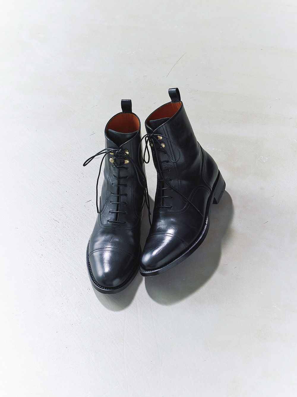 ファッション サルトルのブーツ