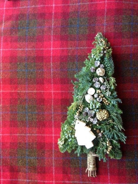 今年はクリスマスはツリー型タペストリーで♪_1_3