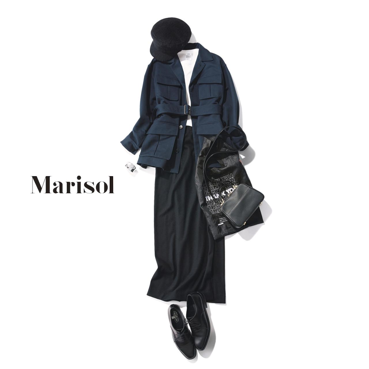 40代ファッション ネイビージャケット×黒タイトスカートコーデ