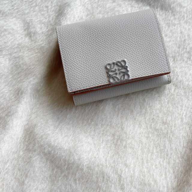 【LOEWE】新年を迎え、財布を新調しました!_1_1