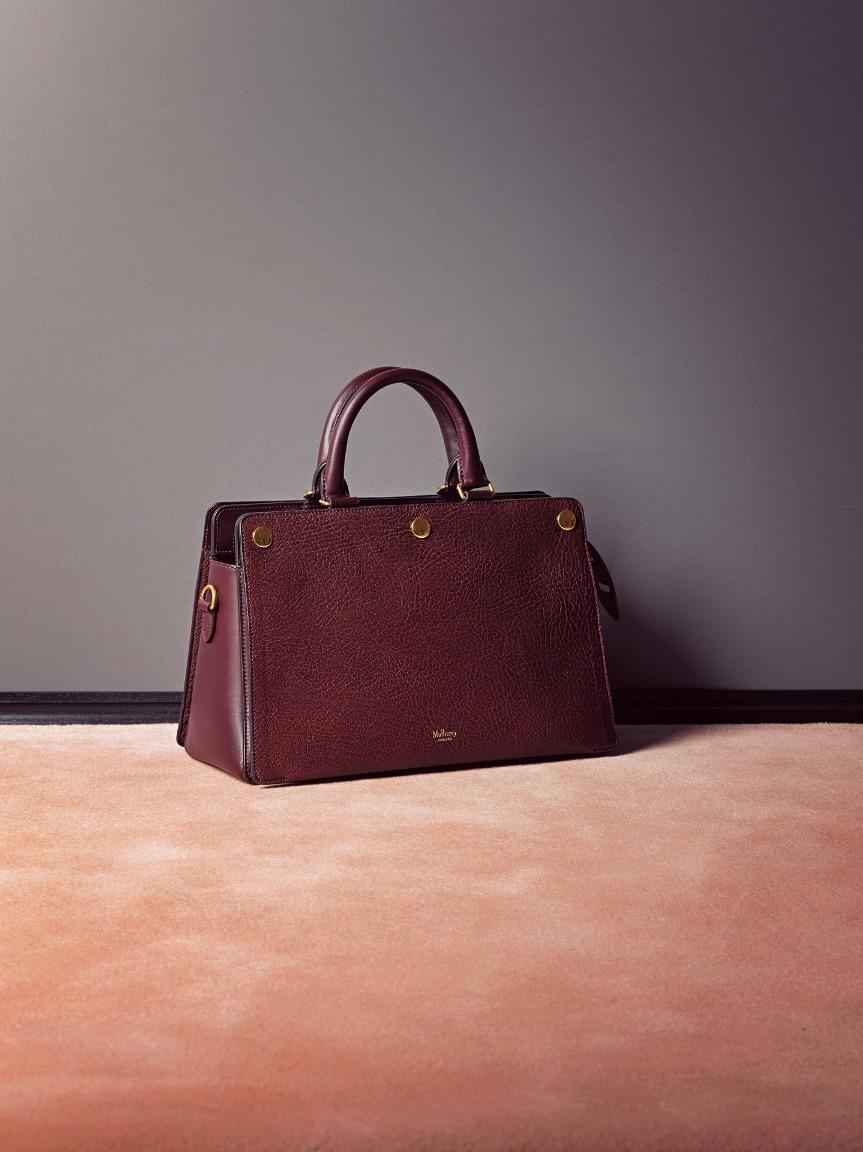 品格ある色とクラシックな形が美しいバッグ_1_1