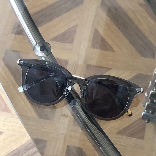 【ブラン】のサングラス